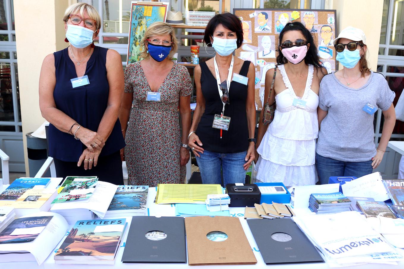 Livres : l'équipe de bénévoles